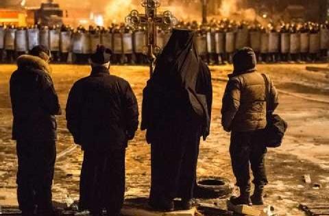 L'Ukraine à l'ombre de deux anniversaires (Vladimir Zelinsky)