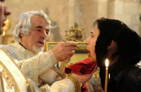 Donne e sacerdozio. Un problema sociale (Vladimir Zelinskij)