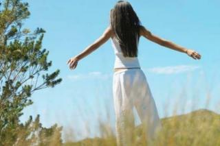 Tra gemiti e speranza. Introduzione alla teologia ecofemminista (Elizabeth Green)