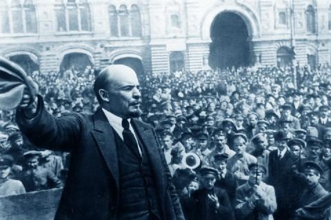 1917-2017. «Questa Russia non riesce a fare i conti con la Rivoluzione» (intervista a Vladimir Zelinskji)