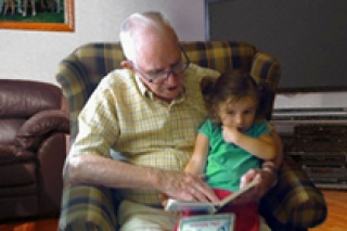 Nonni e nipoti. Quando ancora non c'era la TV.