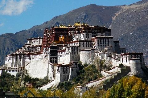L'alone di fascino del buddismo tibetano (Marino Parodi)