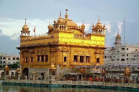 Il Tempio d'Oro di Amritsar (Djénane Kareth Tager)
