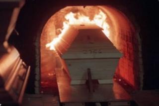 Celebrare le esequie. La cremazione (Silvano Sirboni)