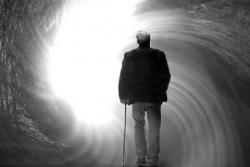 Il fine vita. Umanizzare il morire umano (Cataldo Zuccaro)