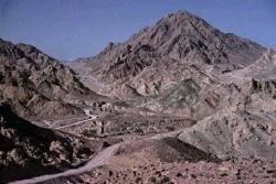 Har Karkom – La Montagna di Dio (Emmanuel Anati)