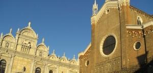 Chiesa del potere e Chiesa dei poveri