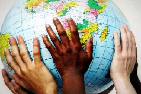 Globalizzazione, cristianesimo e missione: un nuovo modo di essere chiesa (Peter C. Phan)